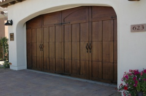 Shea Encantera  Garage Door